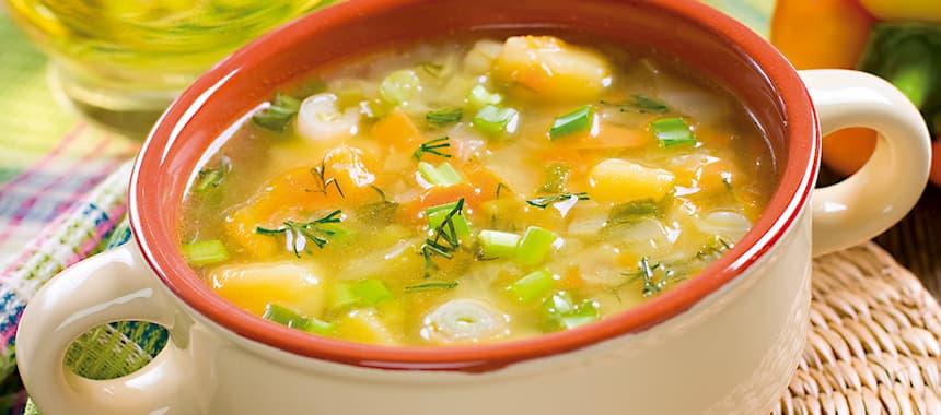 Sopa de pollo con Arroz San Pedro